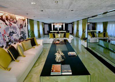 yacht sarastar 201802 interior 01 5a7ac98d8661f v default big