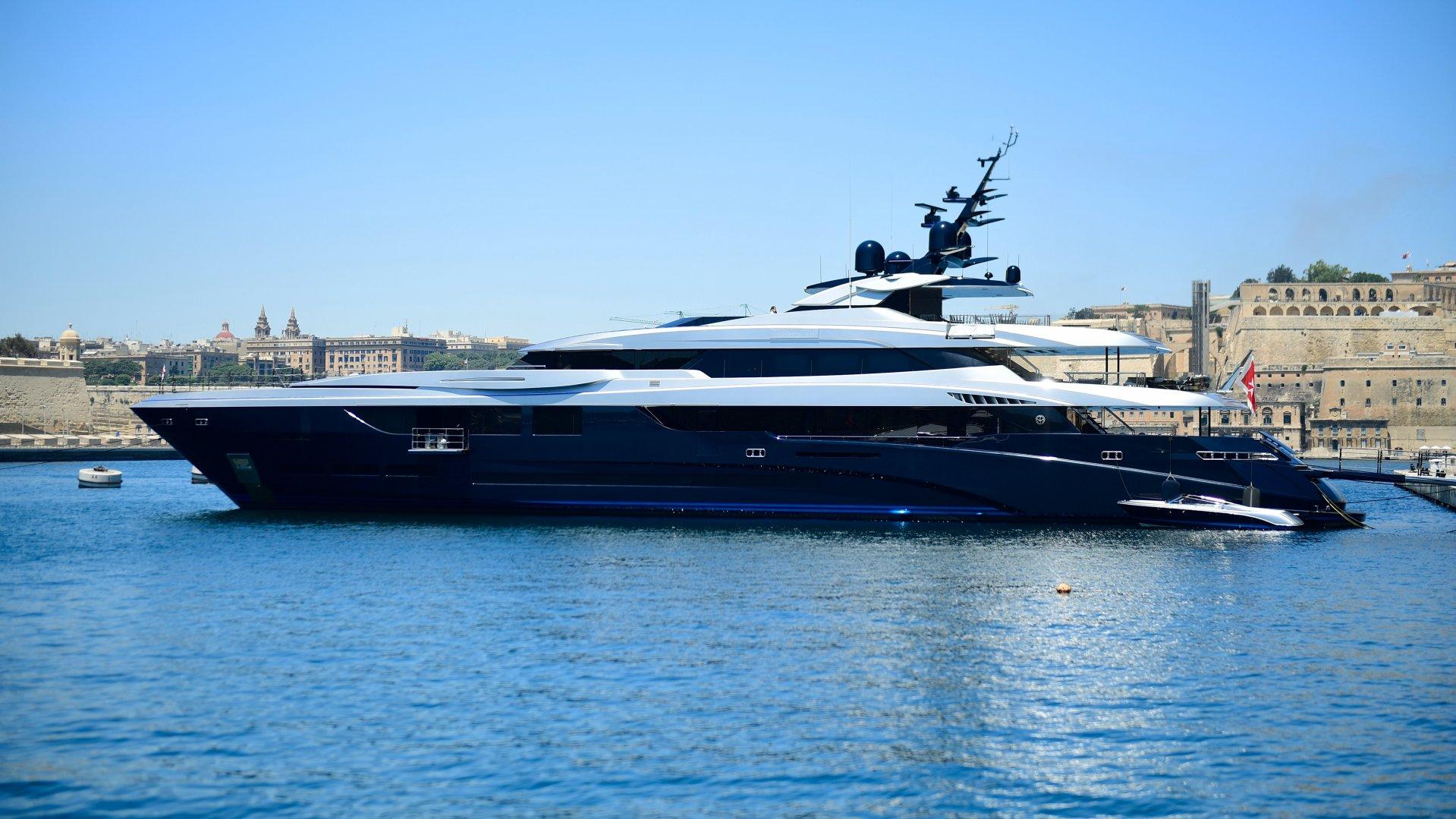 CHARTER - yacht sarastar 201802 profile 01 5a7ac7de14432 v default big 1