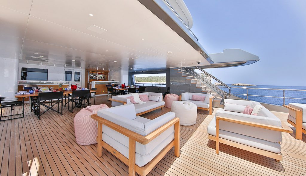 Lounge Area 2 Main Deck