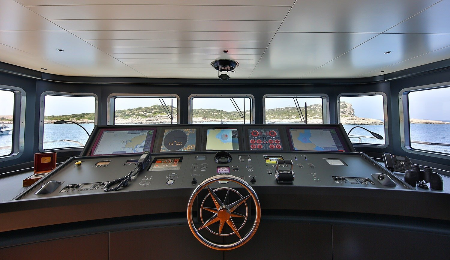 Wheelhouse Upper Deck 1