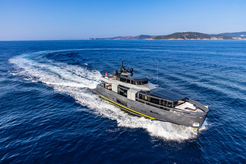 MY SEA CORAL II 12555 16