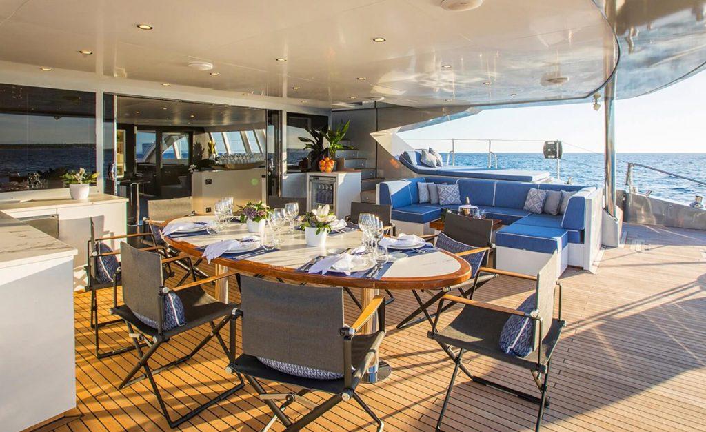 yacht cartouche 201803 exterior 14 5aabcf54a565d v default big