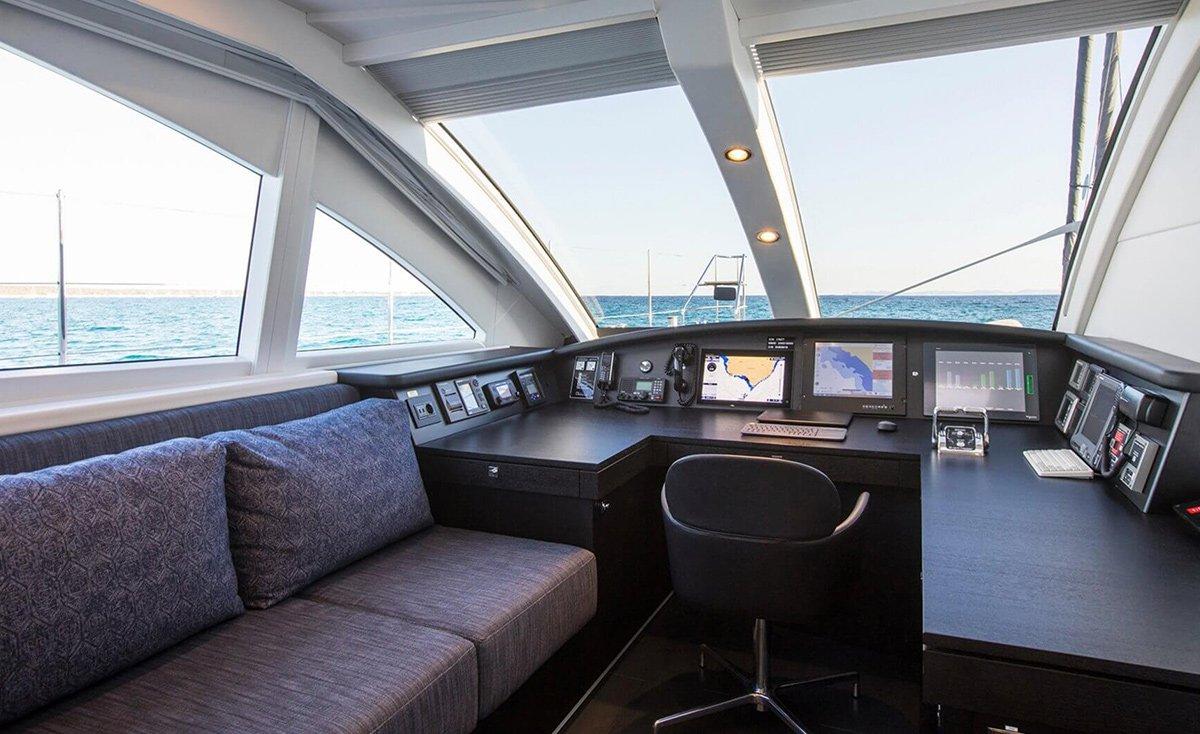 yacht cartouche 201803 interior 14 5aabcb418b0c5 v default big
