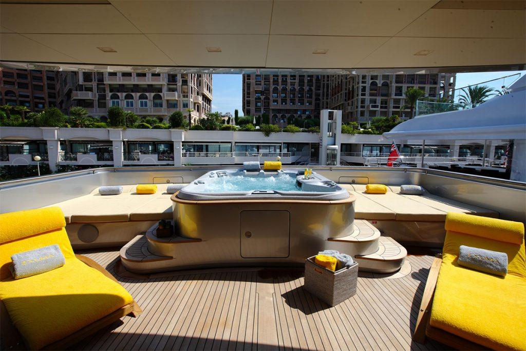 yacht exuma exterior 01 554c4b5383cb4 v default big