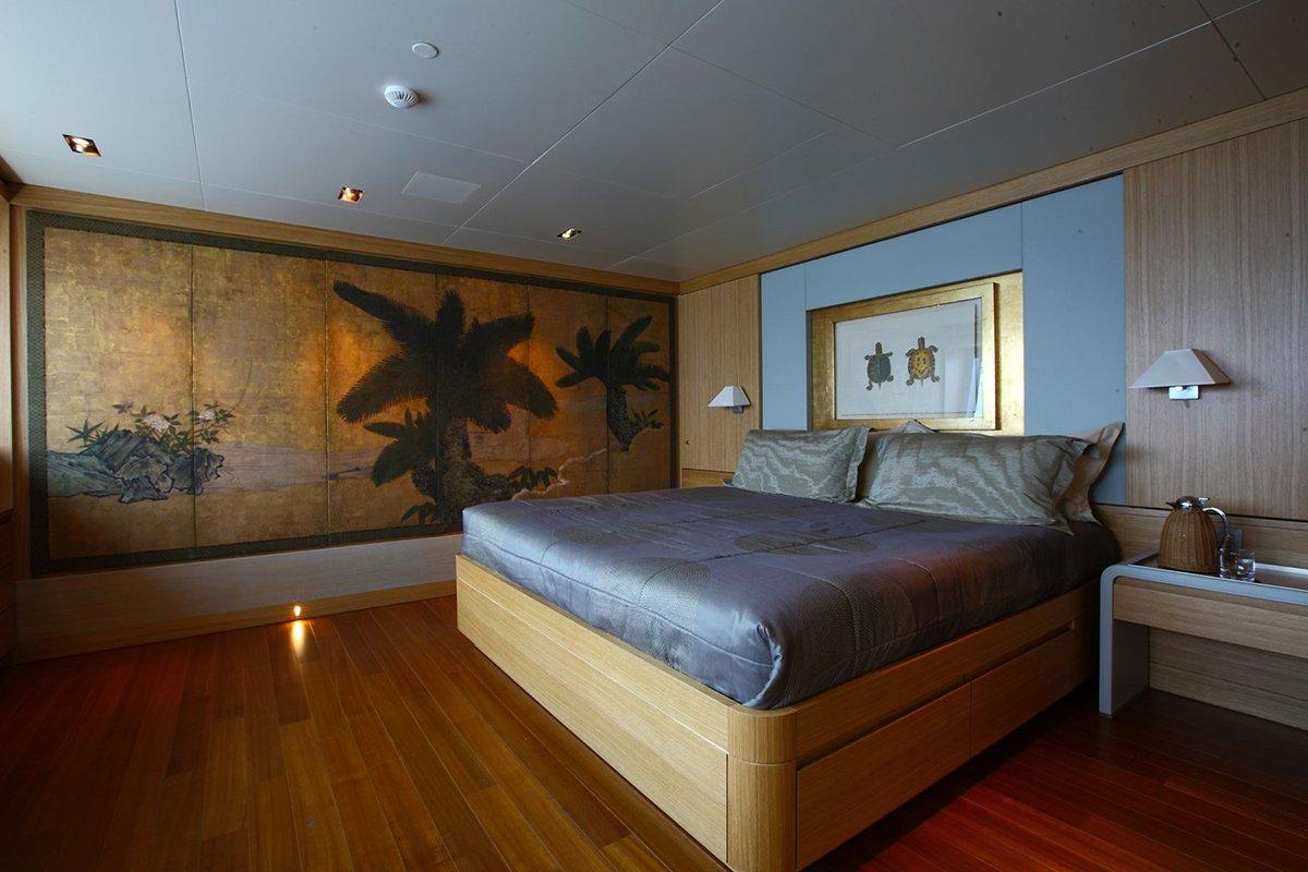 yacht exuma interior 10 554c49b8311dc v default big