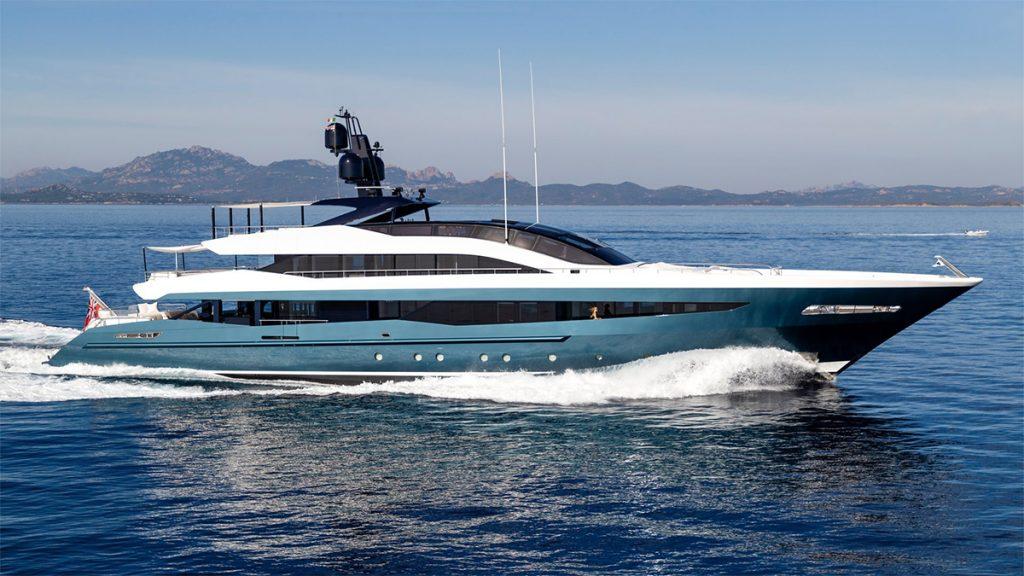 yacht irisha heesen 201810 running 01 5bc73a6e147ba v default big