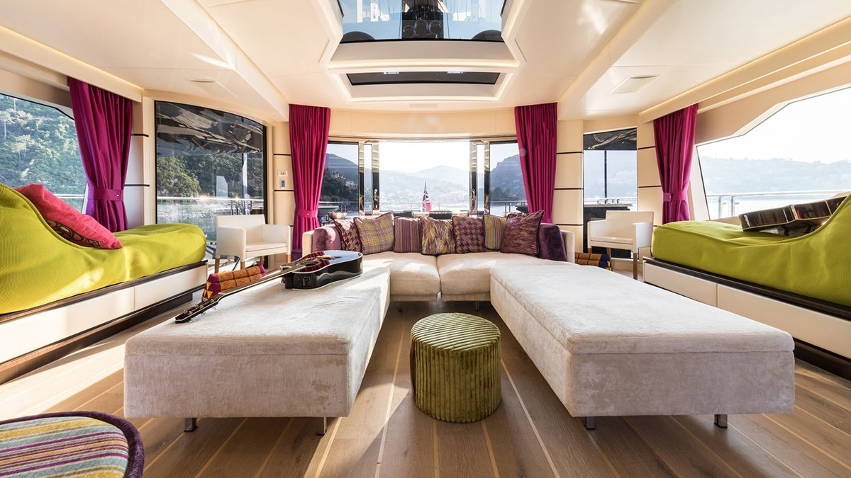 yacht khalilah 201802 interior 02 5a79cd59c167c v default big