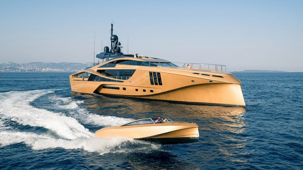 yacht khalilah 201802 running 01 5a79cd92e0d4e v default big