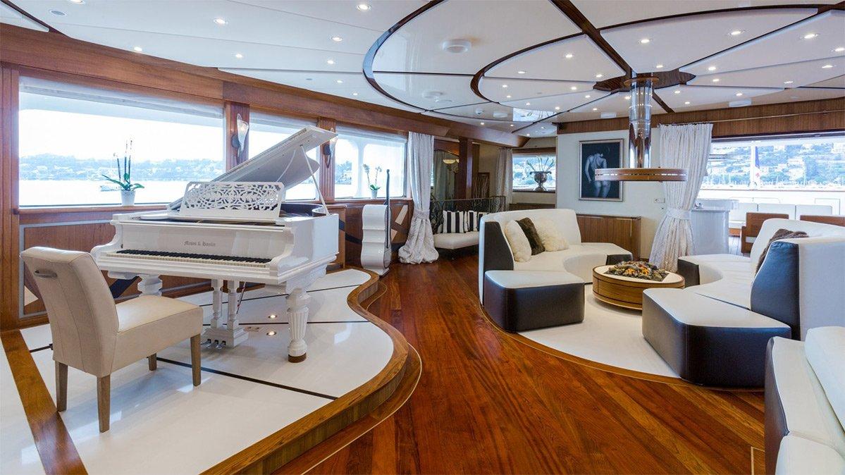 yacht legend 201611 interior 08 583d4ad0a67fe v default big