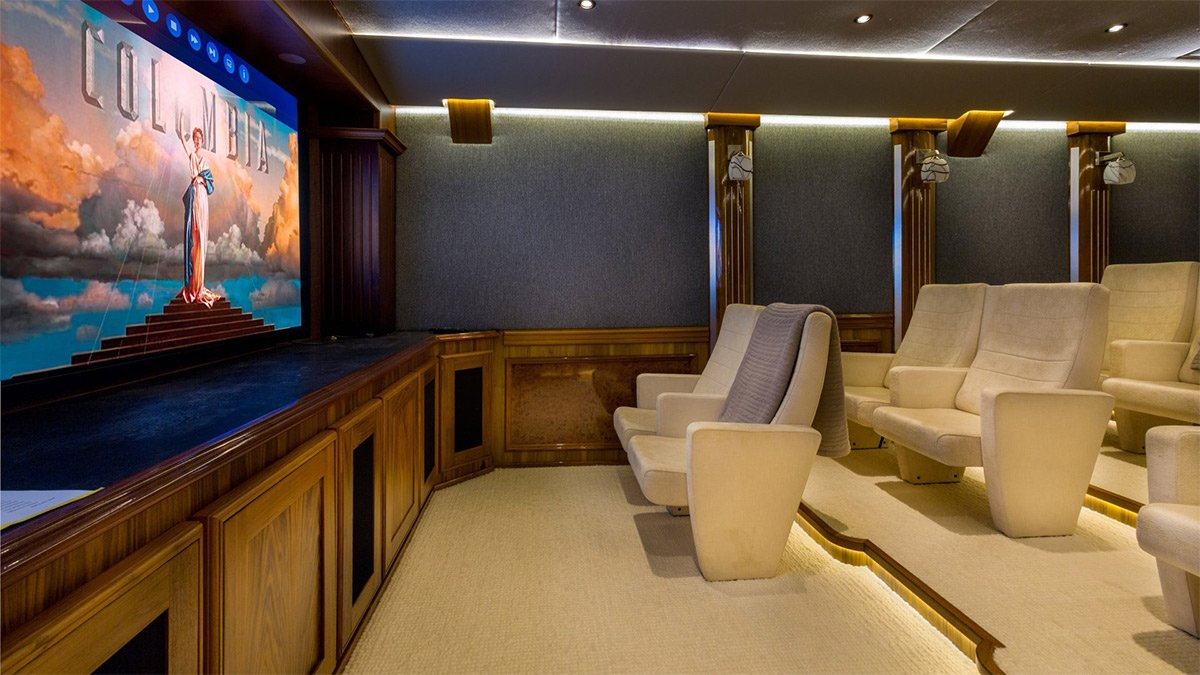 yacht legend 201611 interior 32 583d4cb5ea7e3 v default big