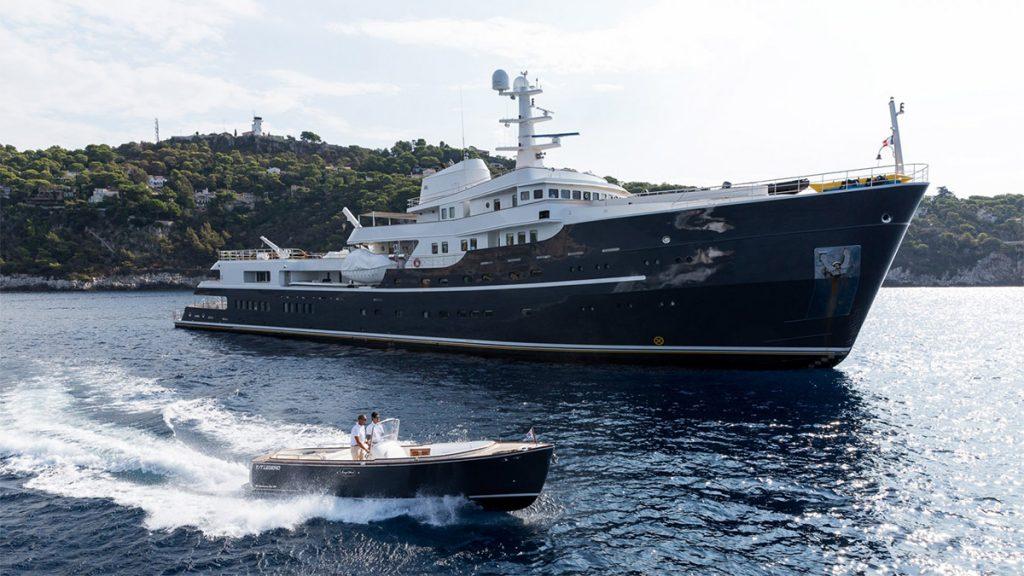 yacht legend explorer yacht 201610 profile 02 58106bba2400e v default big