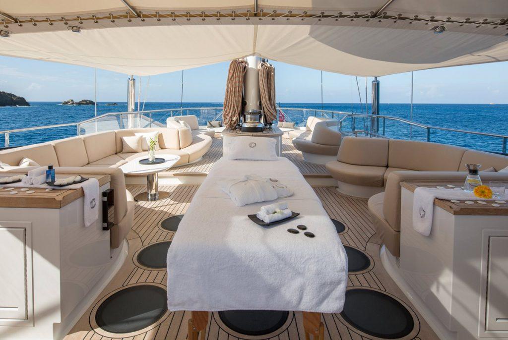 yacht panthalassa exterior 01 56c6dd6a7e963 v default big