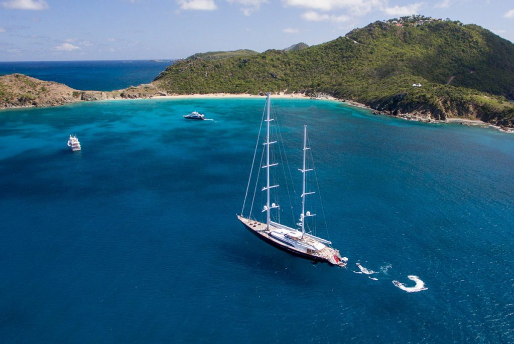 yacht panthalassa running 01 56c6dcc3dd5c9 v default big 1
