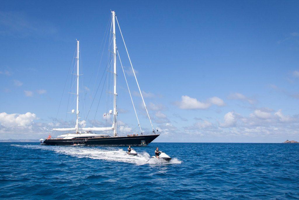 yacht panthalassa running 03 56c6dcd776ad2 v default big 1