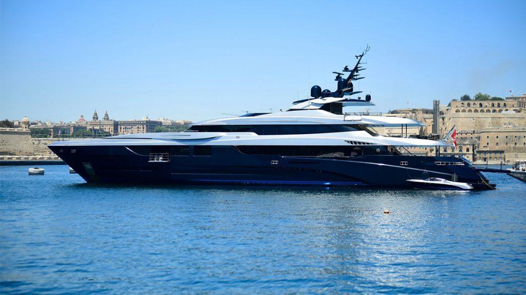 yacht sarastar 201802 profile 01 5a7ac7de14432 v default big 1
