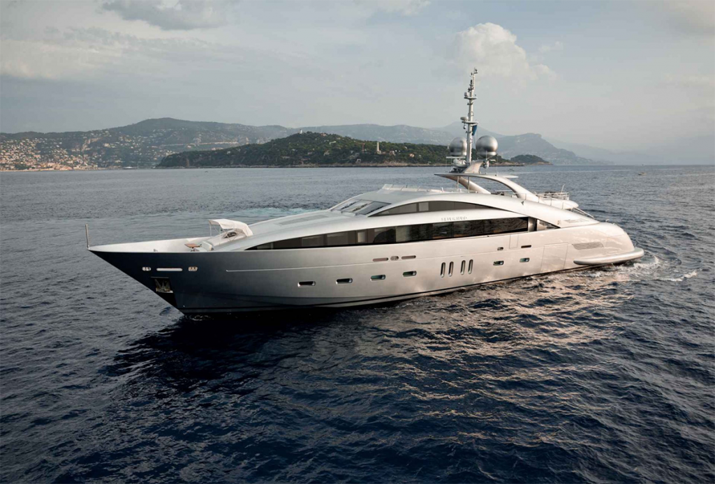 yacht silver wind lo 1 55f588485ac46 v default big 1