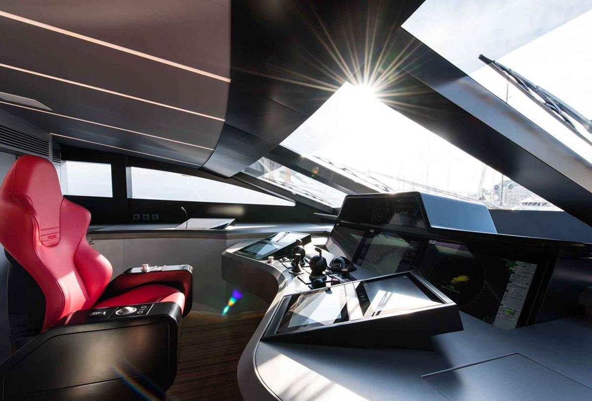 yacht silver wind lo 16 55f588ace28f8 v default big 1