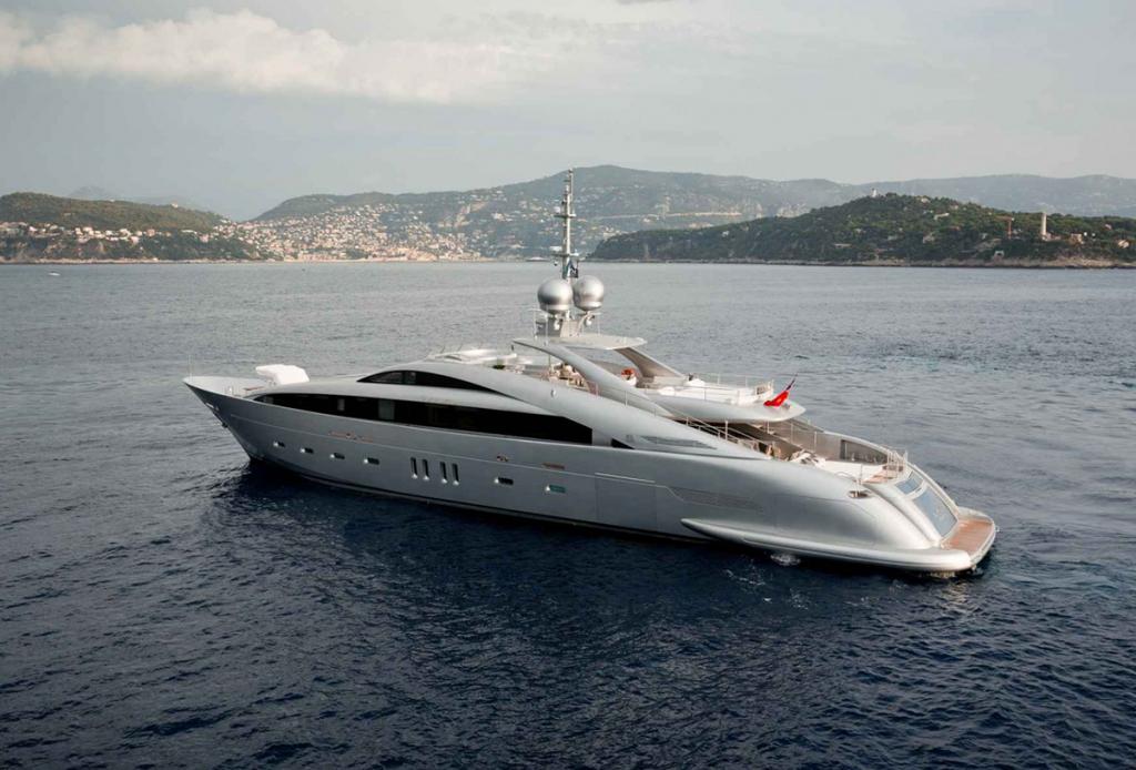 yacht silver wind lo 2 55f5884ec1a90 v default big 1