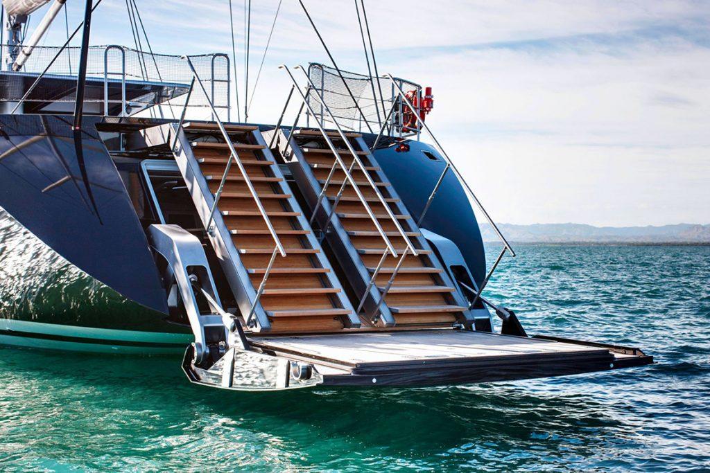 yacht vertigo exterior 07 554c96e36aa35 v default big