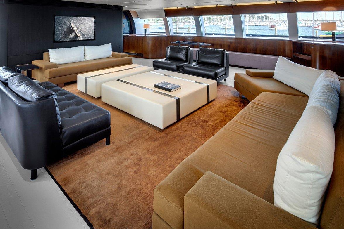 yacht vertigo interior 01 554c972c9c6a1 v default big