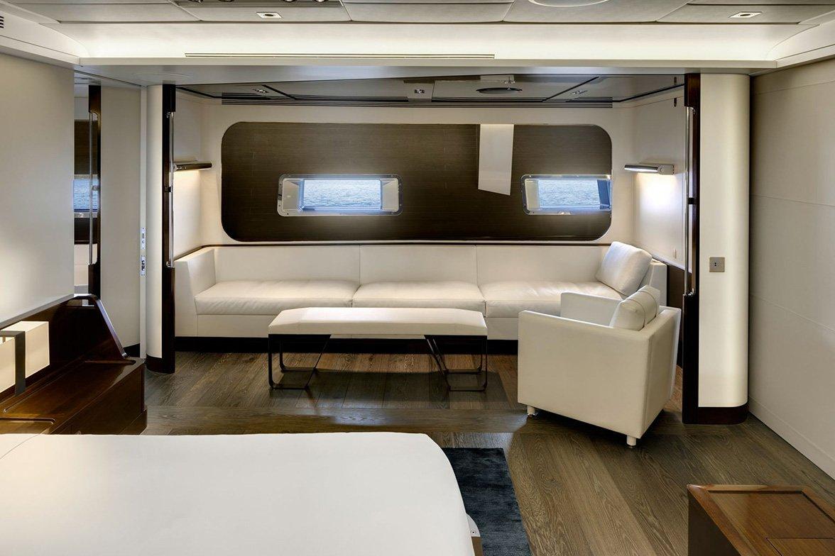 yacht vertigo interior 08 554c97a79d506 v default big