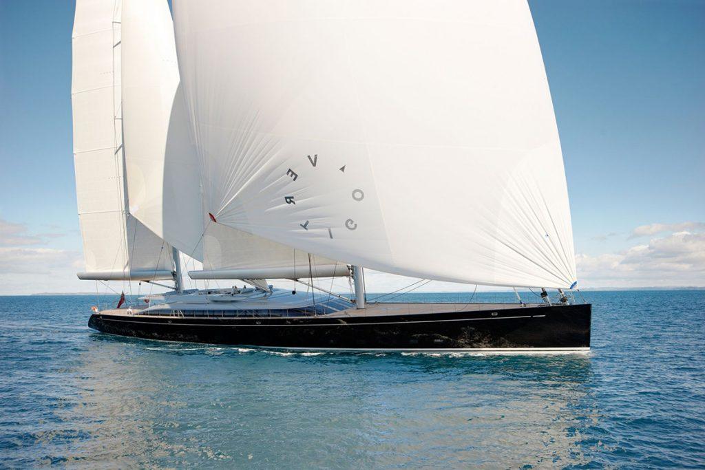 yacht vertigo running 04 554c992619f99 v default big