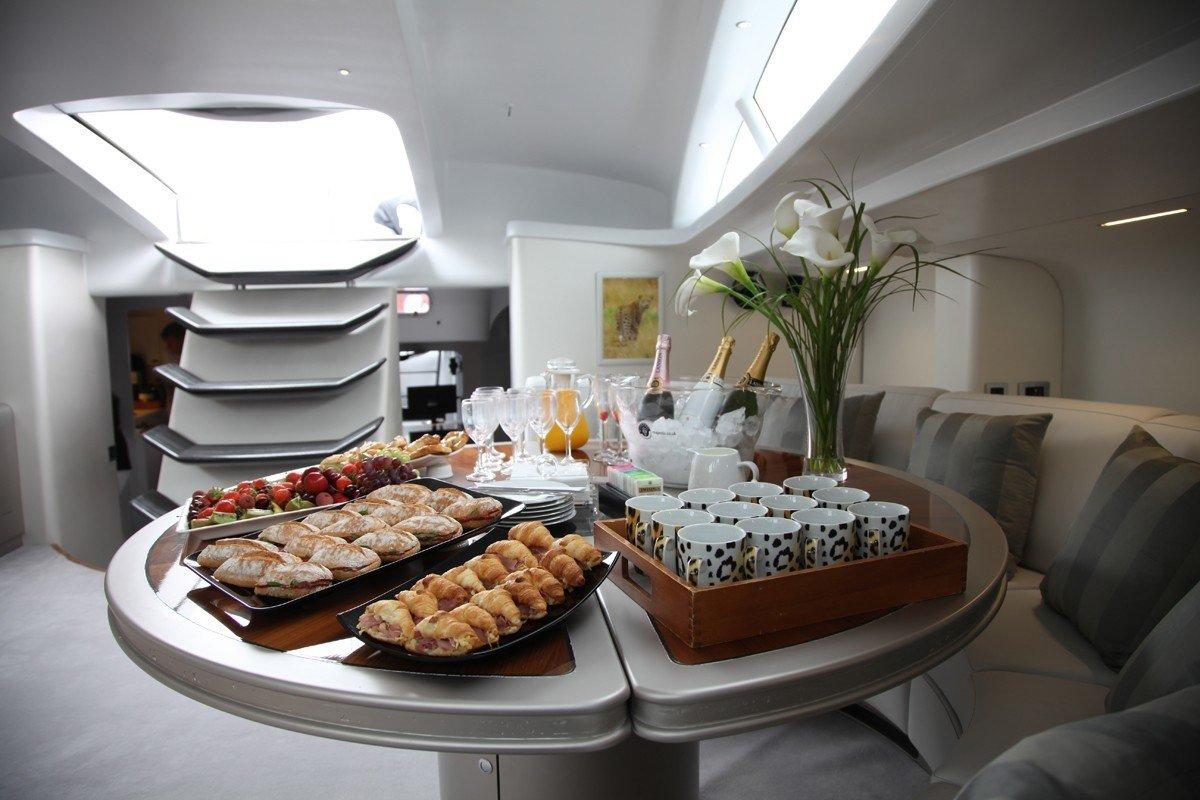 Yacht LEOPAR10