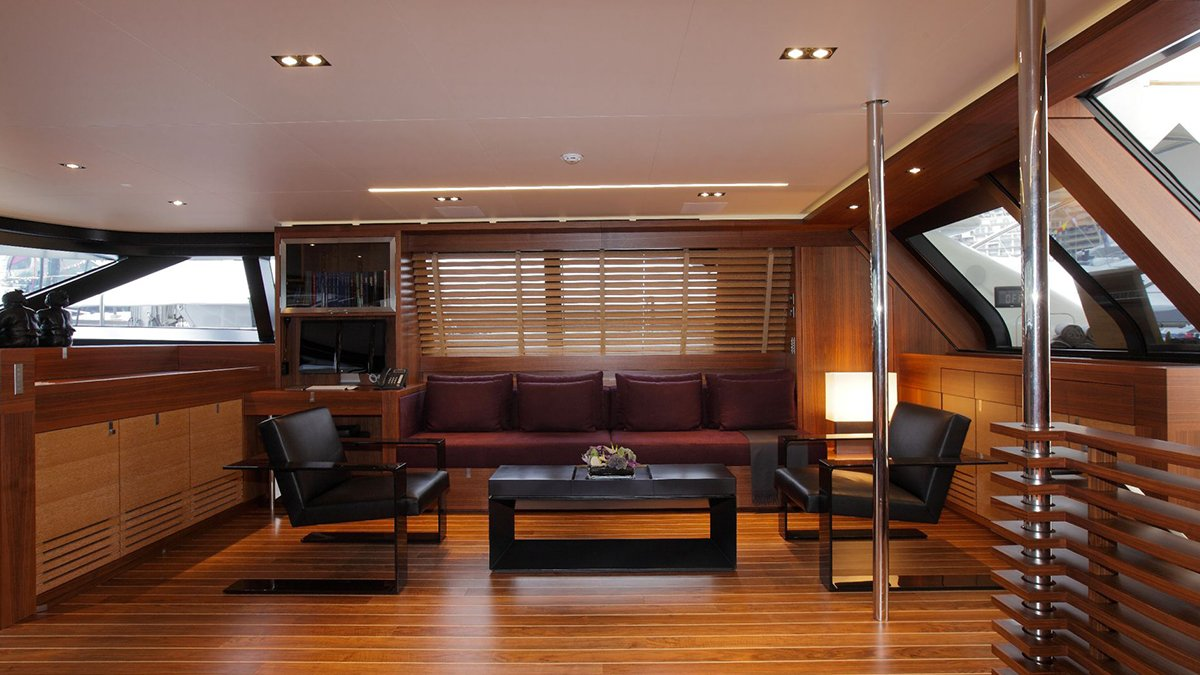 yacht state of grace interior 04