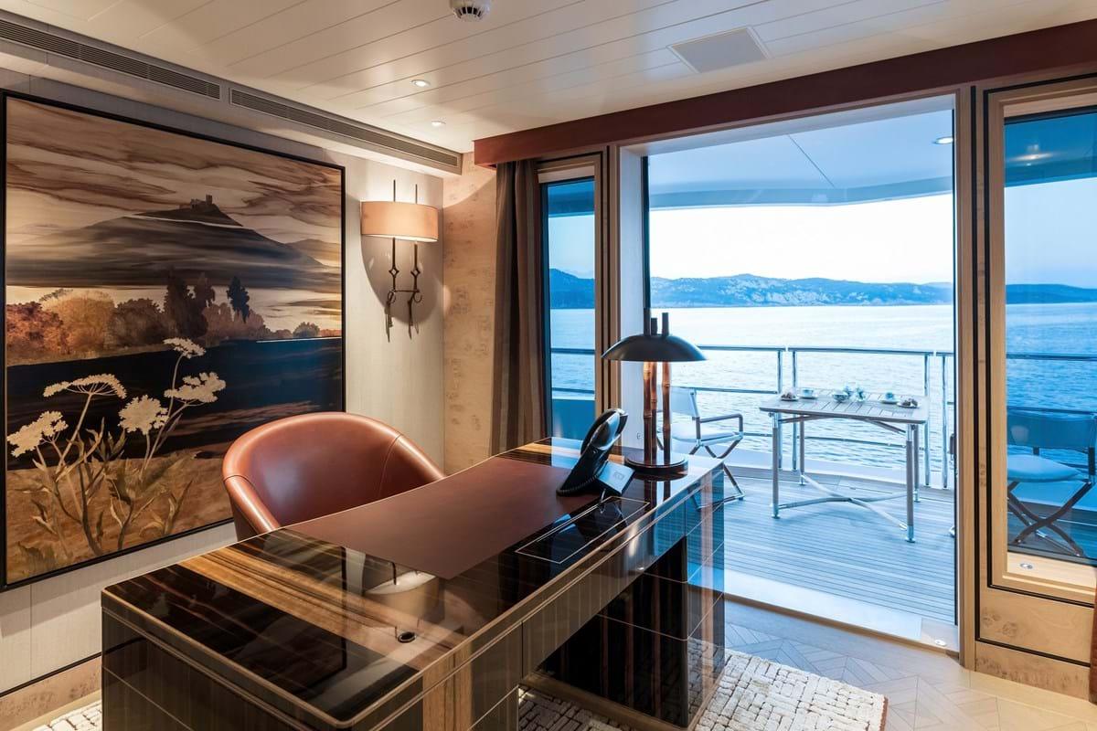 JOY yacht 15