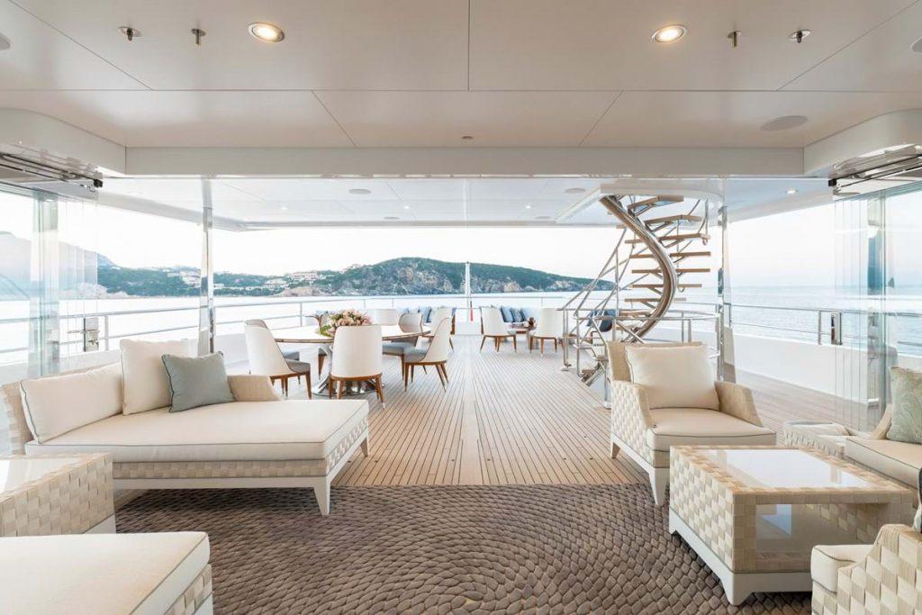 JOY yacht 18