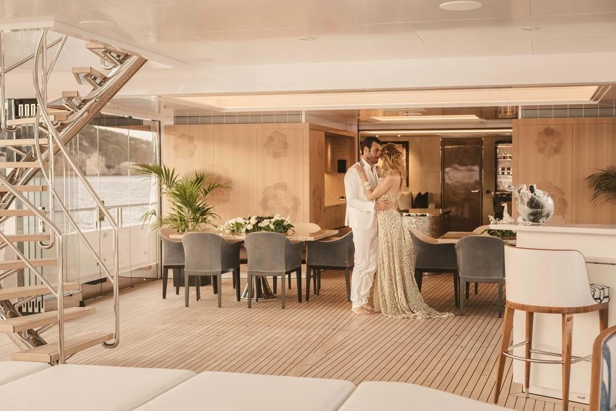 JOY yacht 21