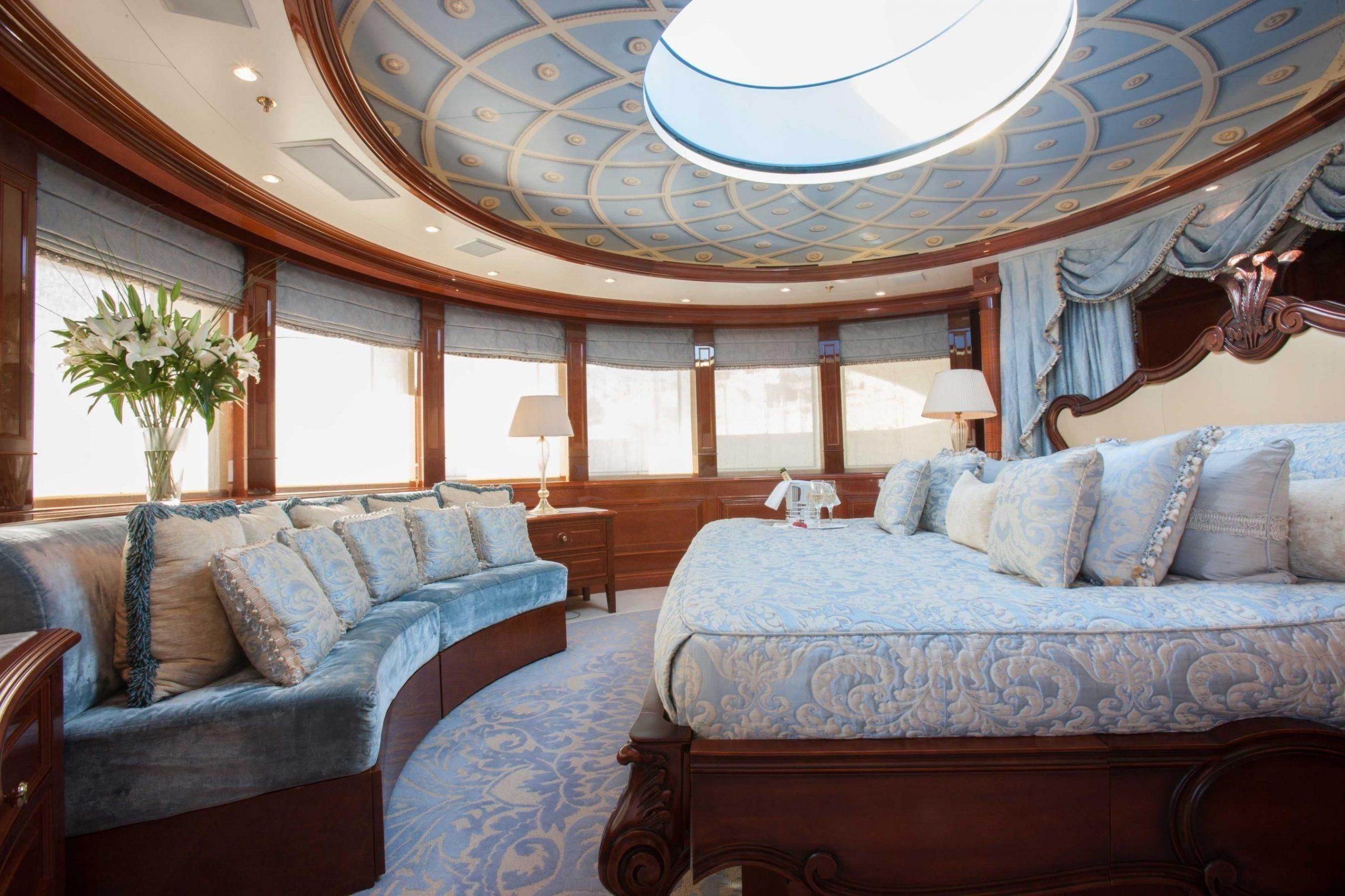 ST DAVID yacht18