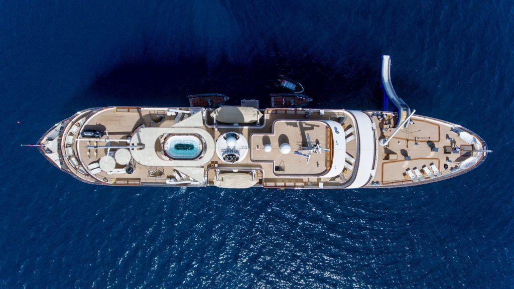 yacht sherakhan 08 5abca6869f3a9