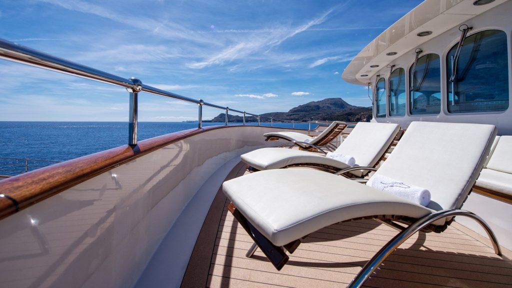 yacht sherakhan 09 5abcae2c60674