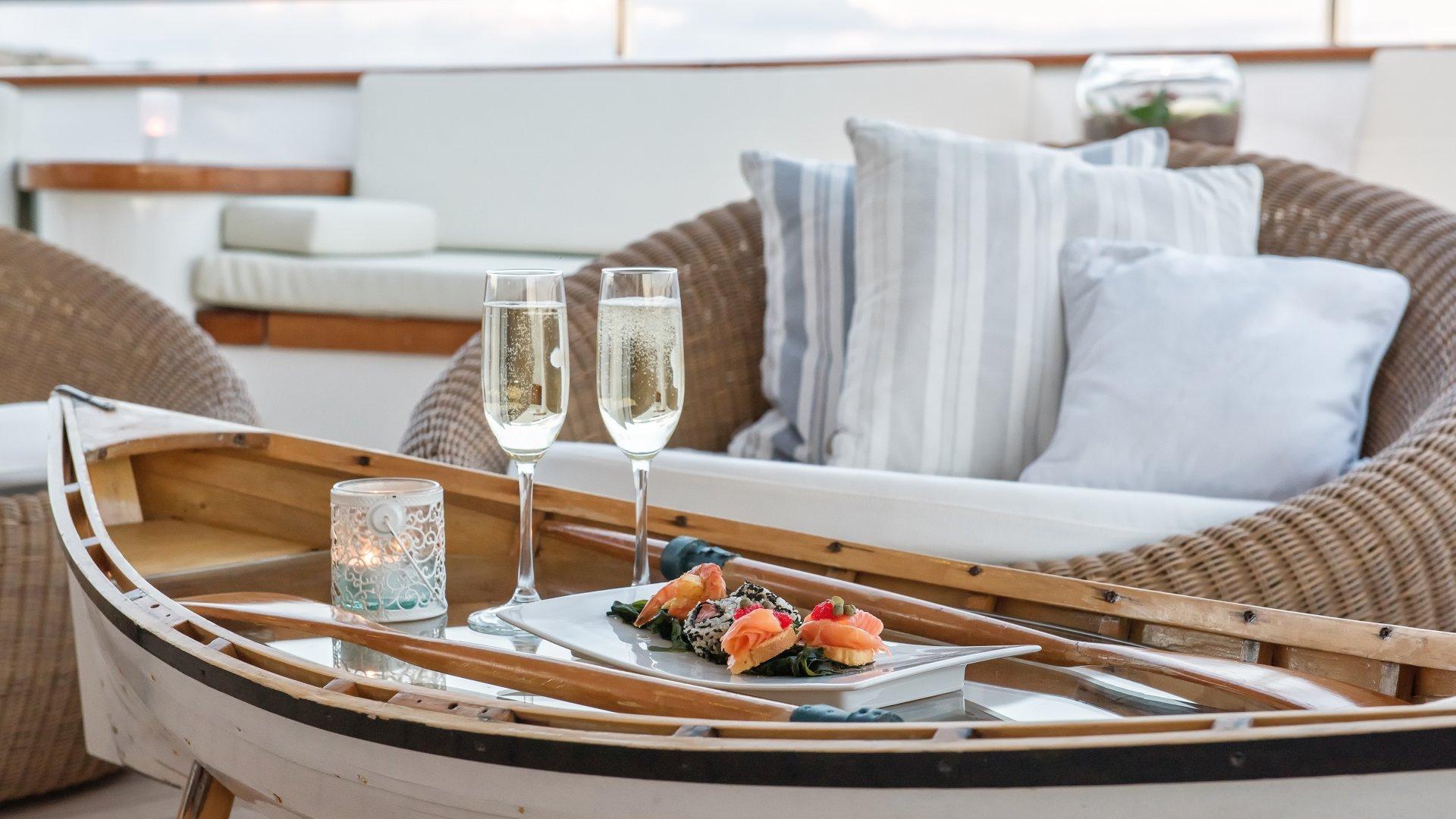 yacht sherakhan 14 5abcaebb1ec6c