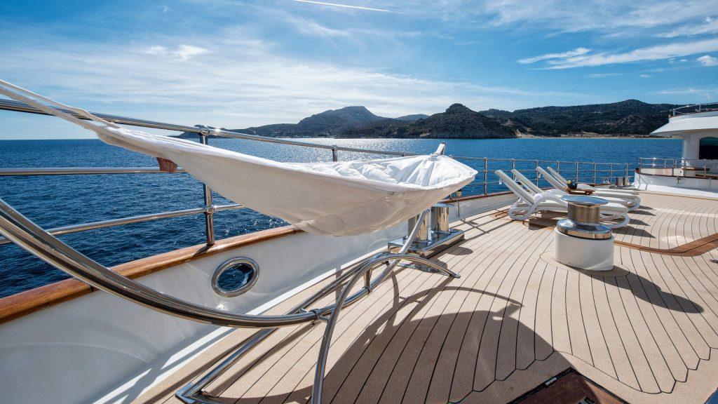 yacht sherakhan 16 5abcae23d62a9
