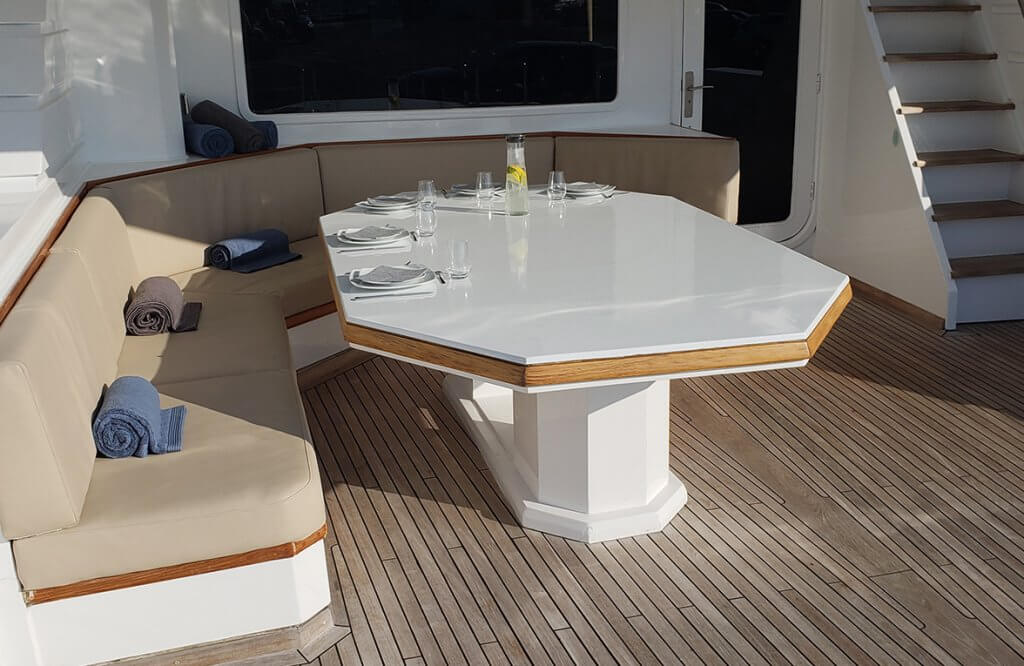Aft deck seat Spice Of Life